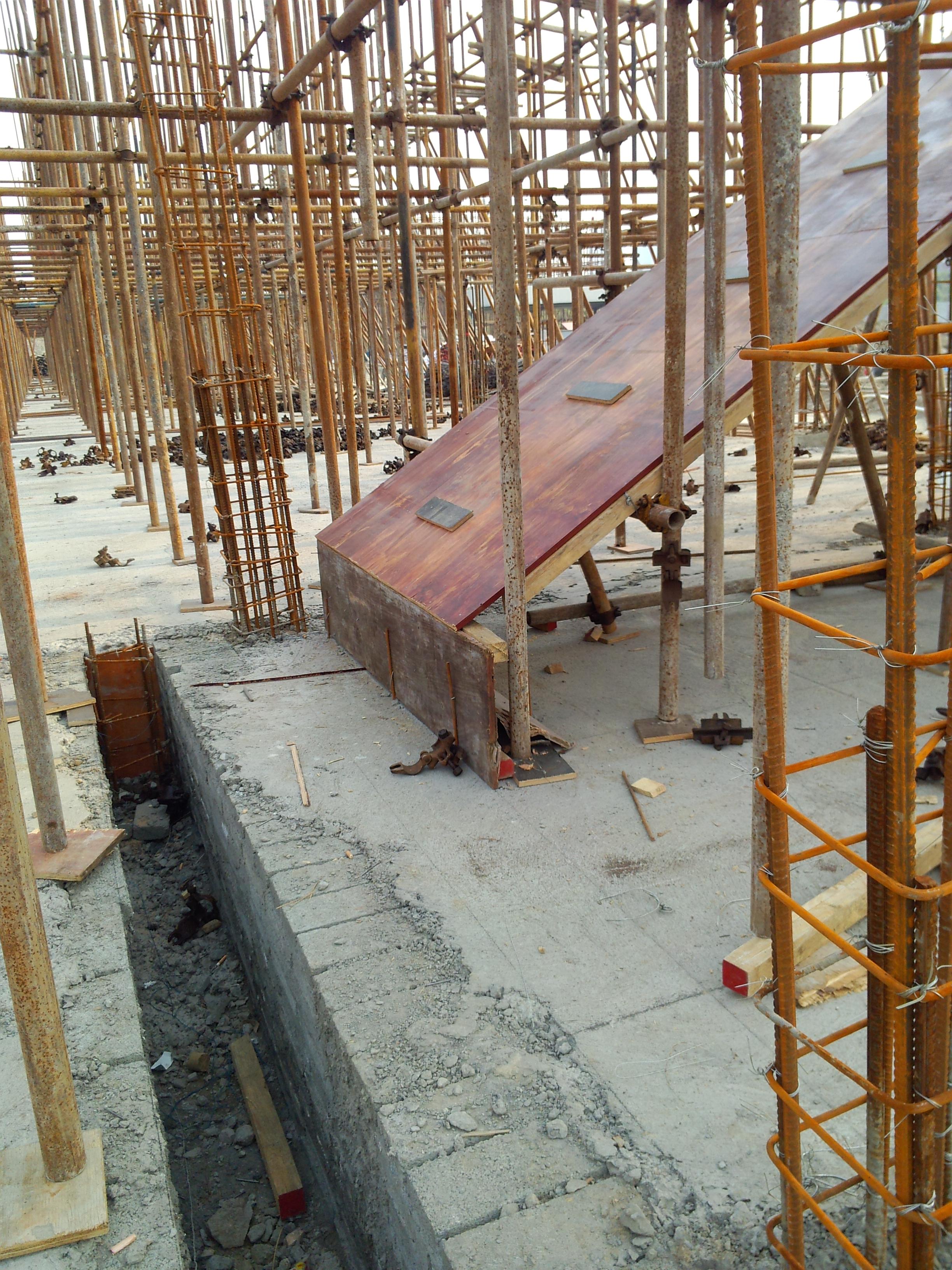 建筑结构    混凝土结构设计   立即查看 这楼梯为什么要这样支模