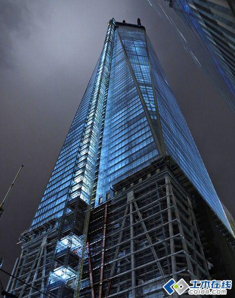 """""""纽约第一高""""自由塔1号大楼建造实录"""