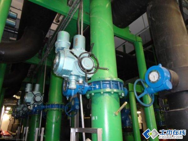 【分享】水源热泵制冷机房设计图片 某高中食堂兼(总配电室,制冷机房