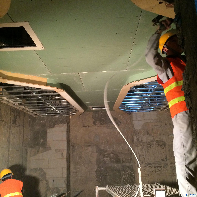 xx生活广场室内装修样板间现场施工图片