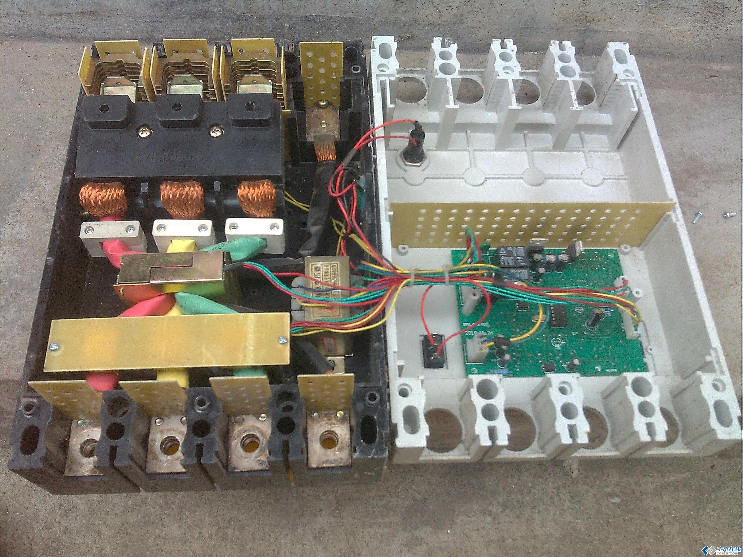 电路板 机器设备 2592_1944