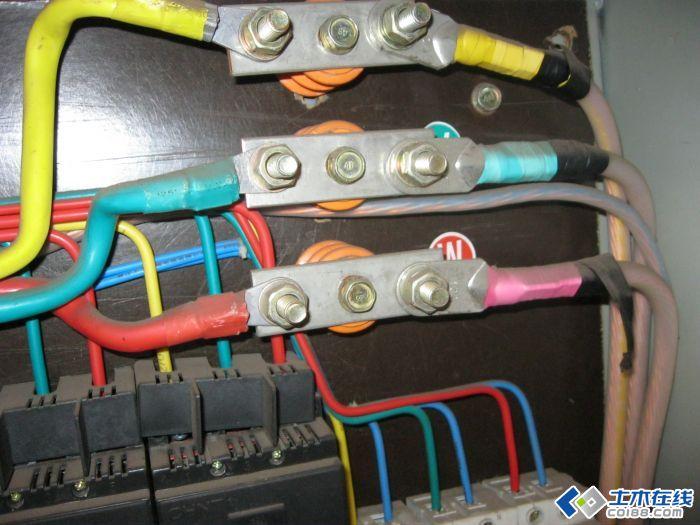 三相电配电箱接线图