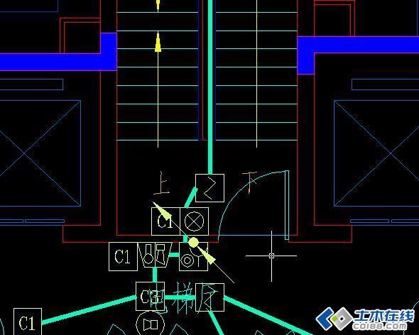 公共楼梯间部分 照明灯与烟感 设计图纸在同一个位置,哪个让哪个?