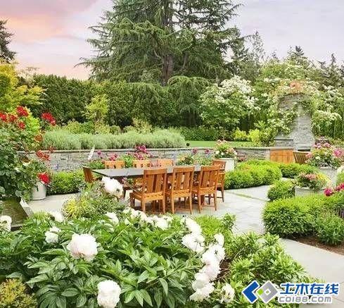 小庭院中的大设计