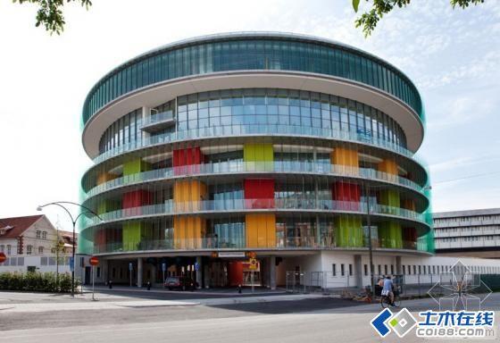 瑞典马尔默市Skane校医院传染病研究中心高清图片