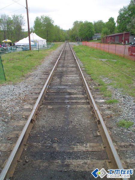 一点透视火车站手绘图