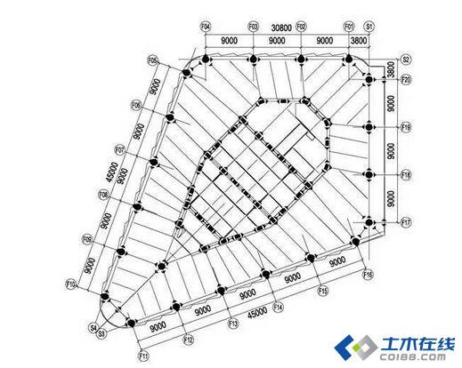 经过方案比选,本工程塔楼最终采用钢中心支撑核心筒,即采用钢中心支撑与钢管混凝土柱形成单塔的核心筒。为充分发挥钢与混凝土两种材料的优势,办公塔楼外框架柱均采用圆形钢管混凝土柱,柱截面由1 40025/30逐渐变化到80025;酒店塔楼外框架柱为配合客房的布局全部采用矩形钢管混凝土柱,柱截面由9001 40035逐渐变化到50080030。图4和图5分别为办公塔楼和酒店塔楼标准层的结构布置。