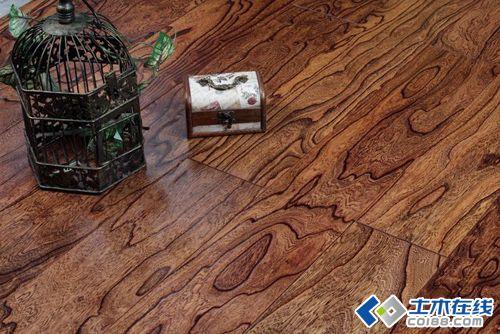 多层实木地板保养方法图片http://bbsfile