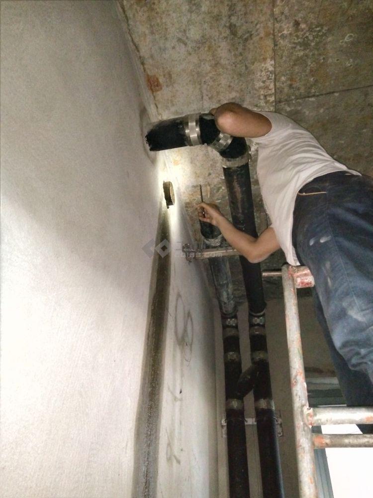 排水立管在1楼的情况
