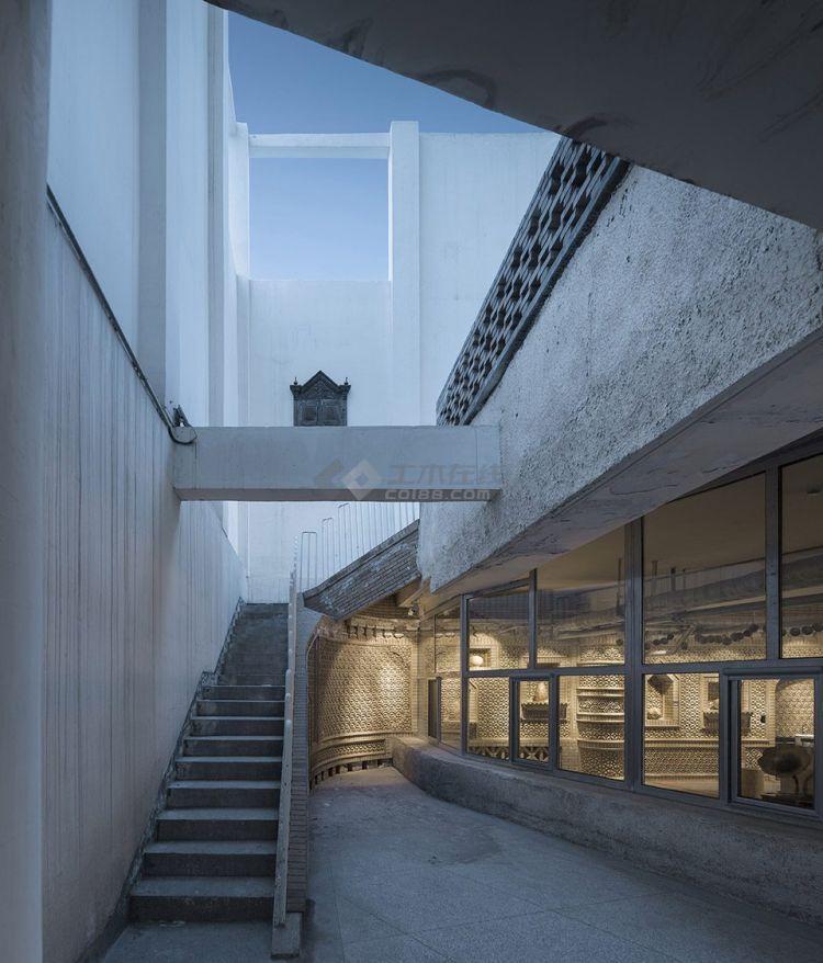 019-DongZhuang-Building-Museum-of-Western-Regions-Xinjiang-Wind-Architectural-De.jpg