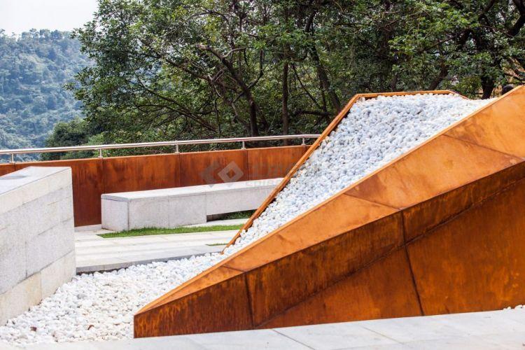 012-Taikang-Memorial-Park-960x640.jpg