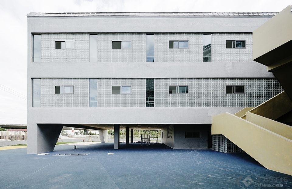 016-Vanke-Experimental-Kindergarten-China-by-Atelier-Liu-Yuyang-Architects-960x622.jpg