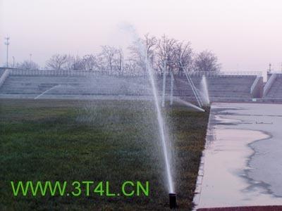 学校足球场喷灌设计