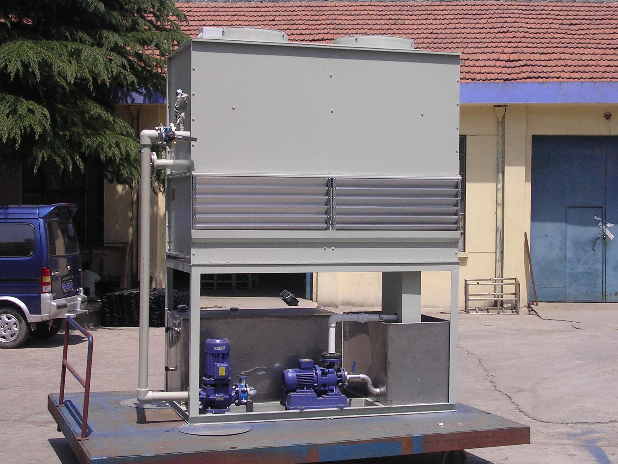 屋顶冷却塔是开式还是闭式系统?