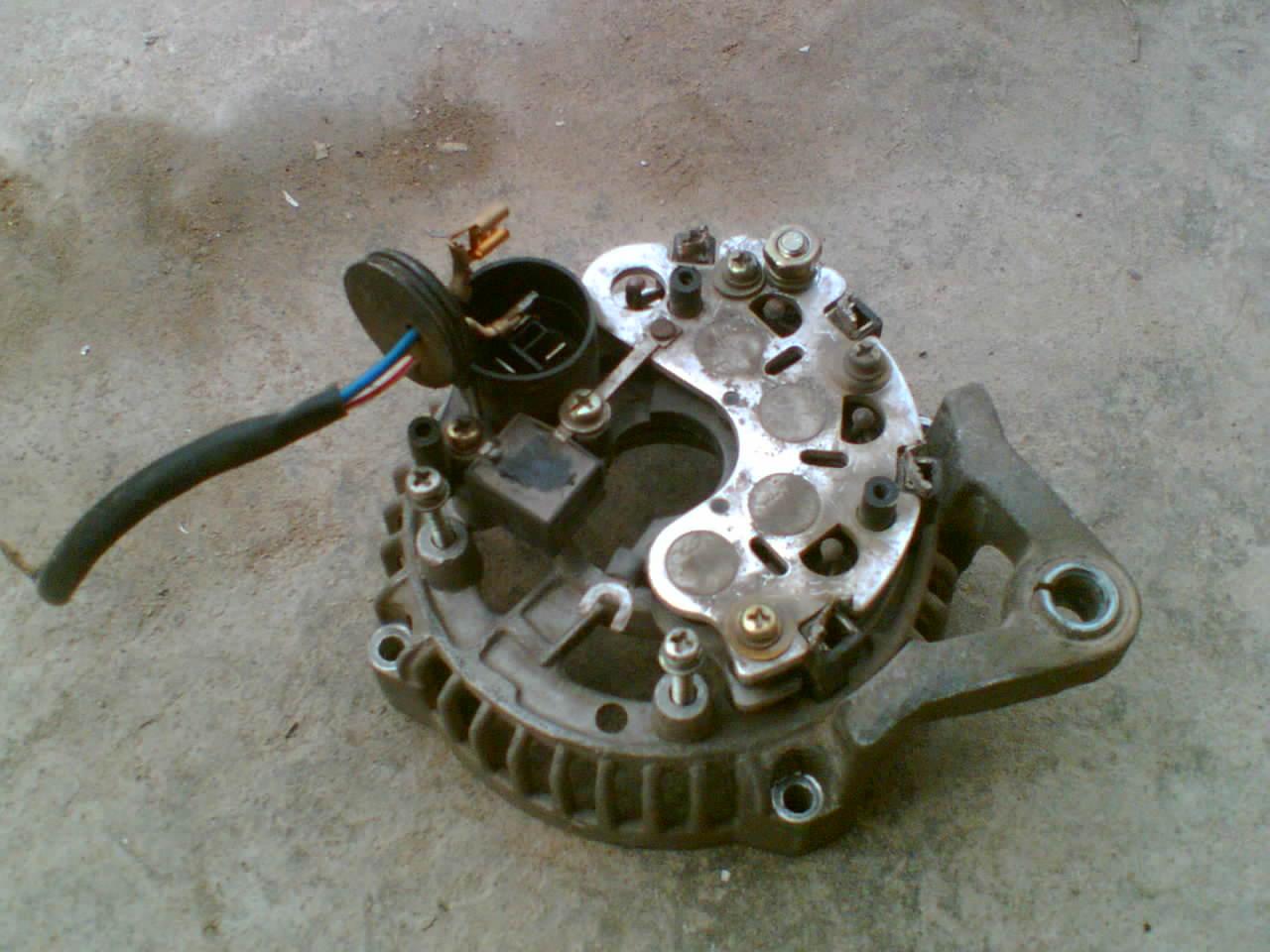 汽车发电机改绕成交流正弦50HZ 220V自激交流发电机高清图片