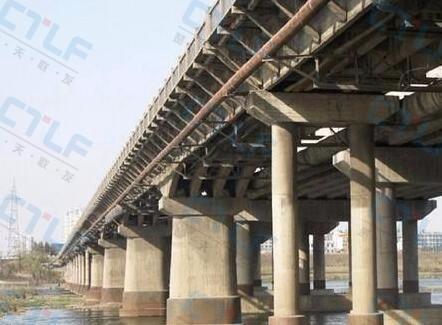 桥梁基础检查.jpg