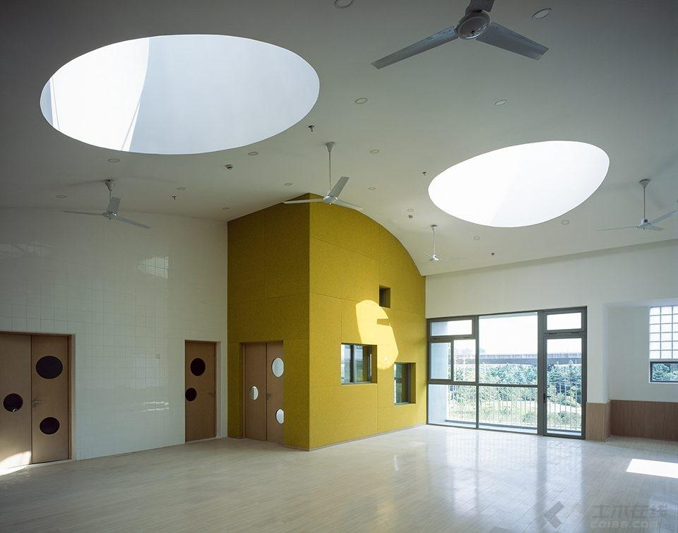 035-Vanke-Experimental-Kindergarten-China-by-Atelier-Liu-Yuyang-Architects-960x755.jpg