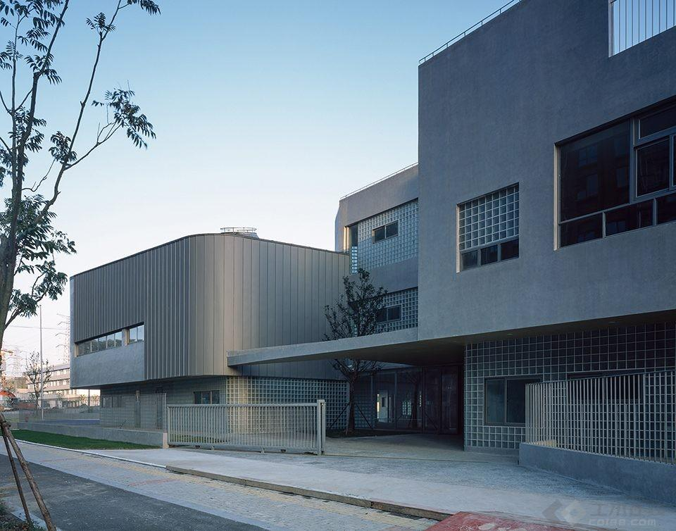034-Vanke-Experimental-Kindergarten-China-by-Atelier-Liu-Yuyang-Architects-960x754.jpg