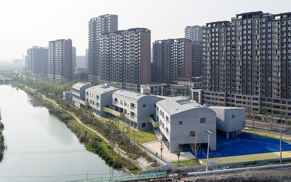 030-Vanke-Experimental-Kindergarten-China-by-Atelier-Liu-Yuyang-Architects-960x600.jpg