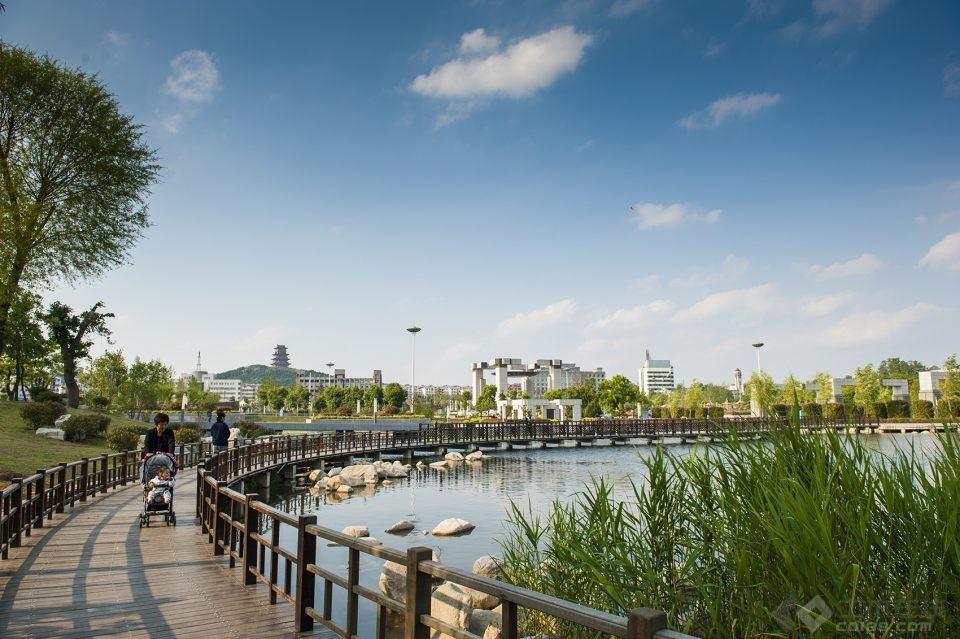 015-Xi-Zhong-Cultural-Park-China-by-Beijing-Urban-Landscape-Research-Institute-960x639.jpg