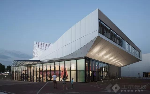 """【B力】第十八期 BIM建筑的真正魅力!创造一个魔幻世界的尝试""""荷兰De Stoep剧院"""""""