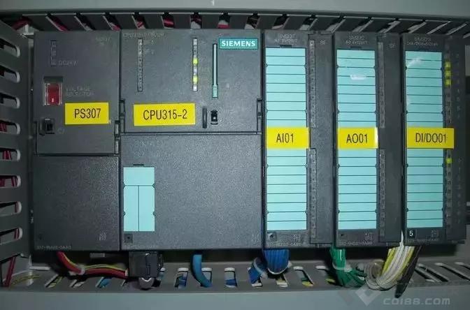 【电气学院】PLC与单片机控制系统的本质区别是什么?